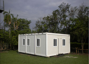 Multifunctional Flat Pack Container House White Color 6000mm * 2438mm * 2891mm