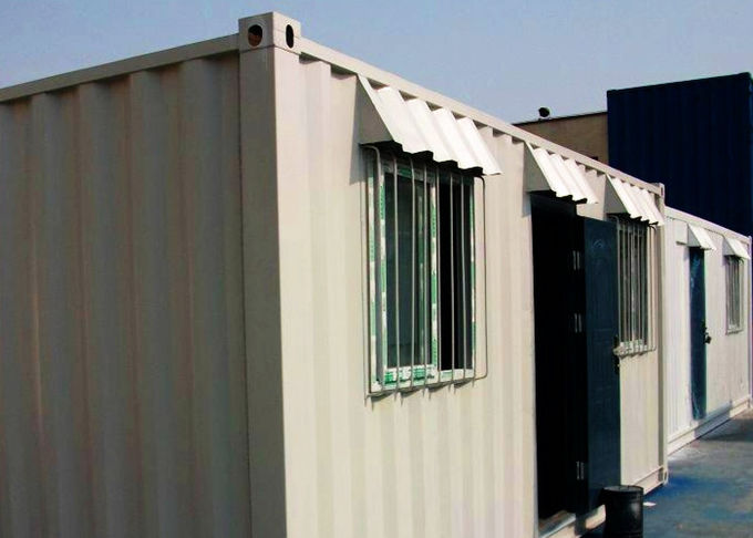 Multifunctional Portable Container House , White Prefab Container House For Restaurant